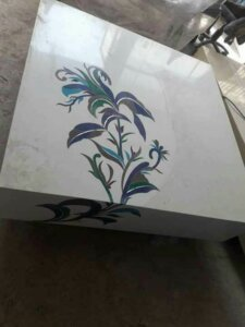 outstanding inlay work on box type marble tabletop