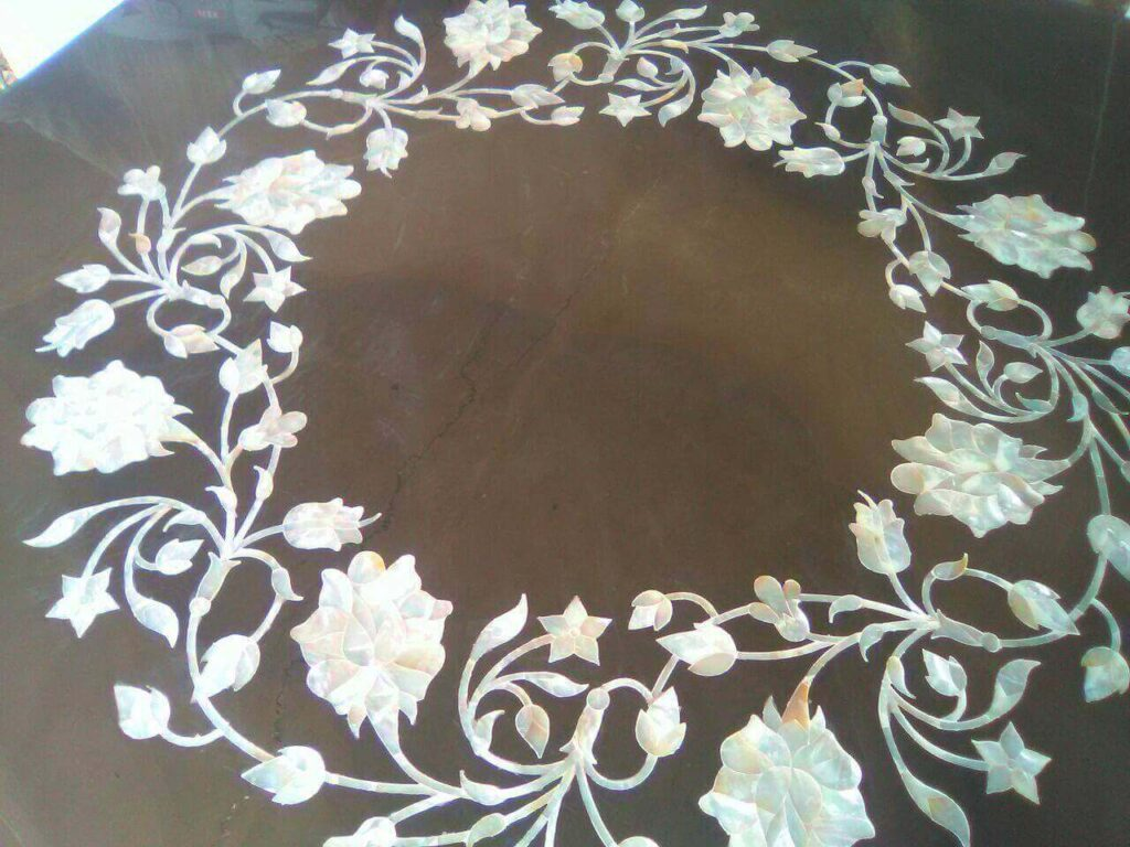 pure white mop inlay work on tabletop